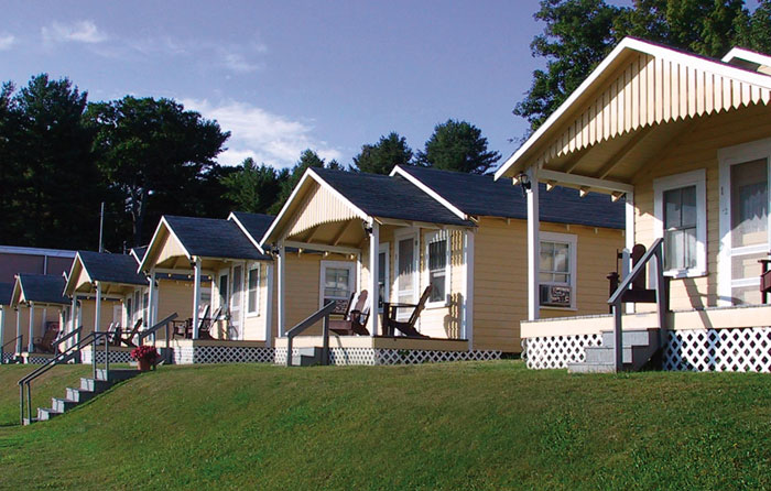 Home - Half Moon Motel & Cottages - Weirs Beach - Laconia